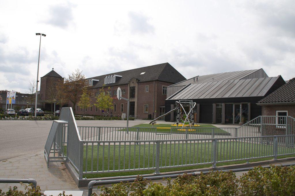 De Schakel, Wijbosch