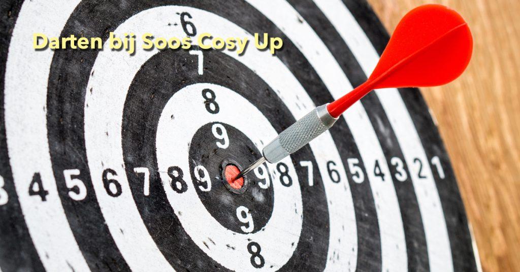 Soos-Cosy-Up_darten