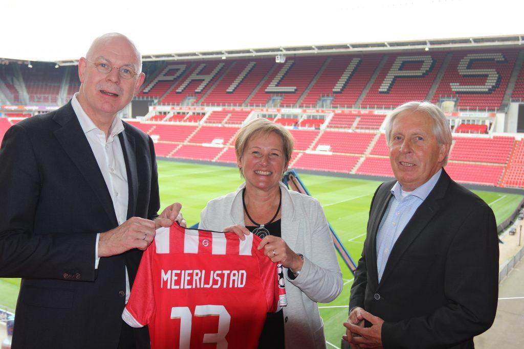foto samenwerking ondertekening PSV foundation -Gemeente Meierijstad