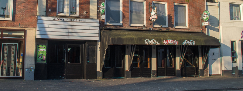City theater en tapperij de beurs