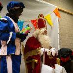 Foto's Sinterklaasbezoek bij wijkraad Bloemenwijk