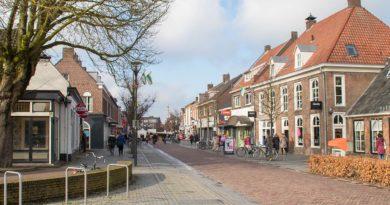 Citymanagement, marktkooplui en ondernemers trakteren op gebak