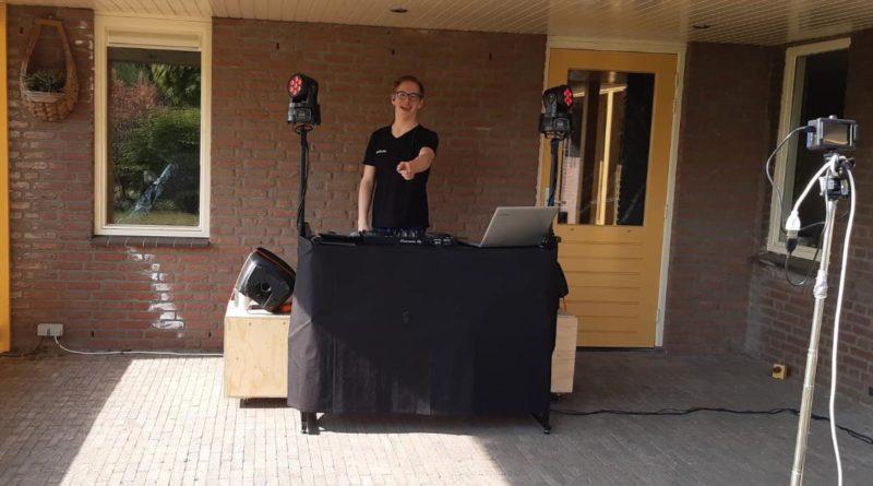 DJ Ronie live